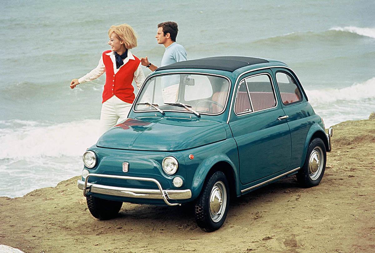 Anniversario Fiat 500, l'auto simbolo dell'Italia nel mondo compie gli anni