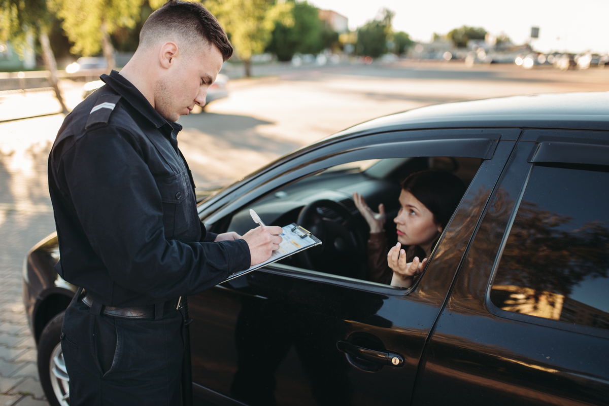 Decurtazione punti patente: quando scatta e la tabella delle penalità