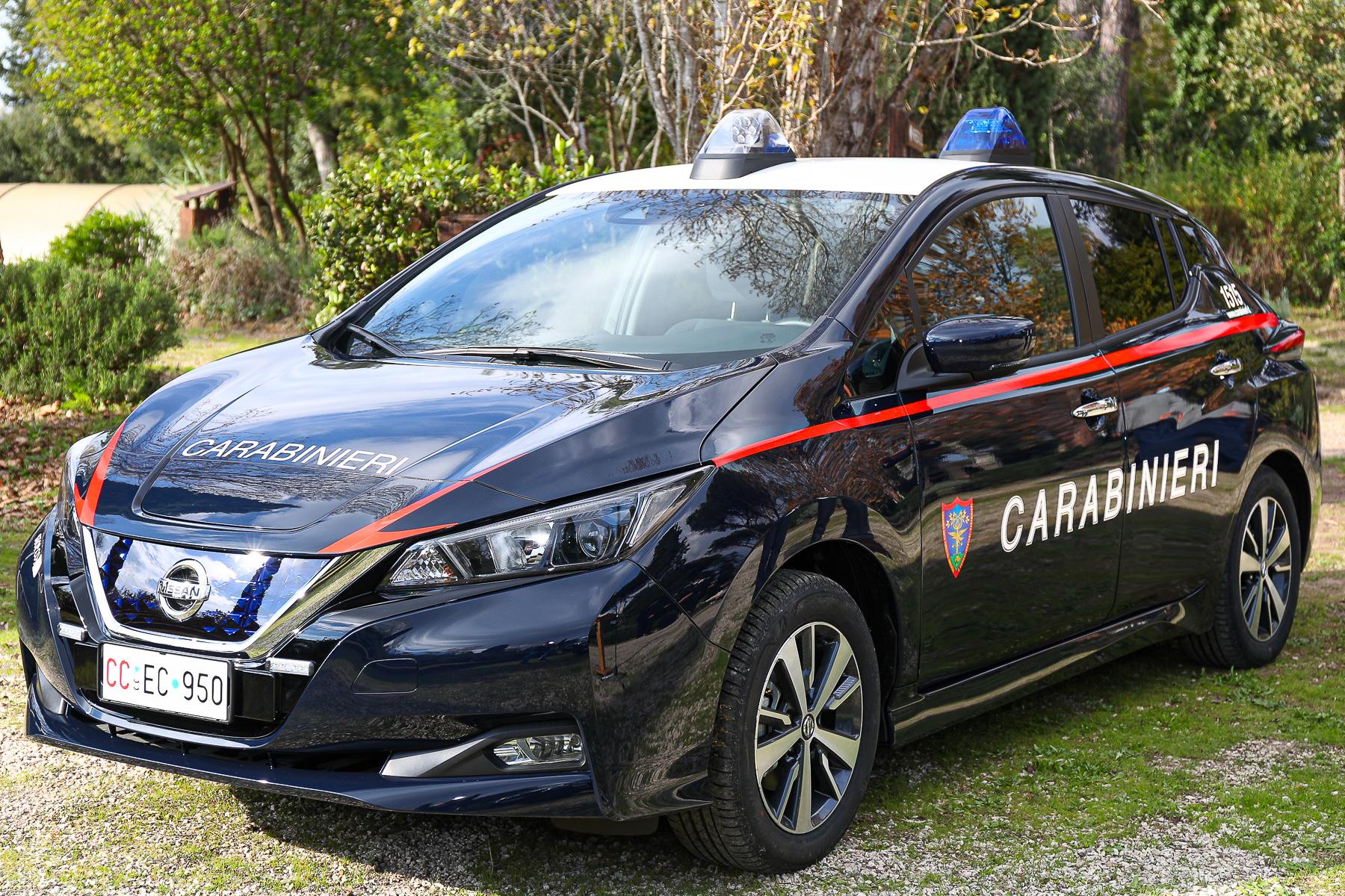L'Arma dei Carabinieri passa all'elettrico con Nissan LEAF