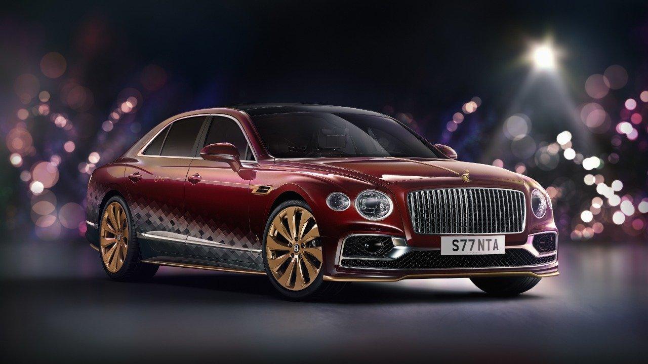 Bentley Flying Spur V8: l'ammiraglia diventa… una slitta natalizia!