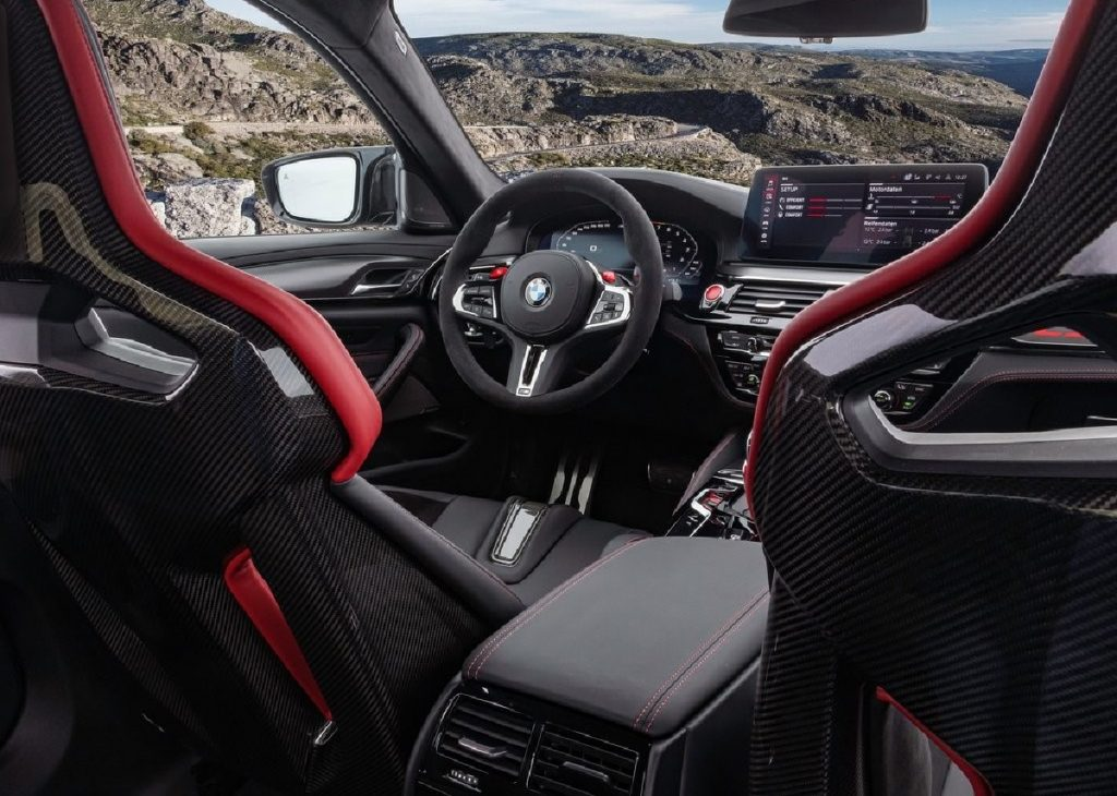 BMW M5 CS dettaglio volante