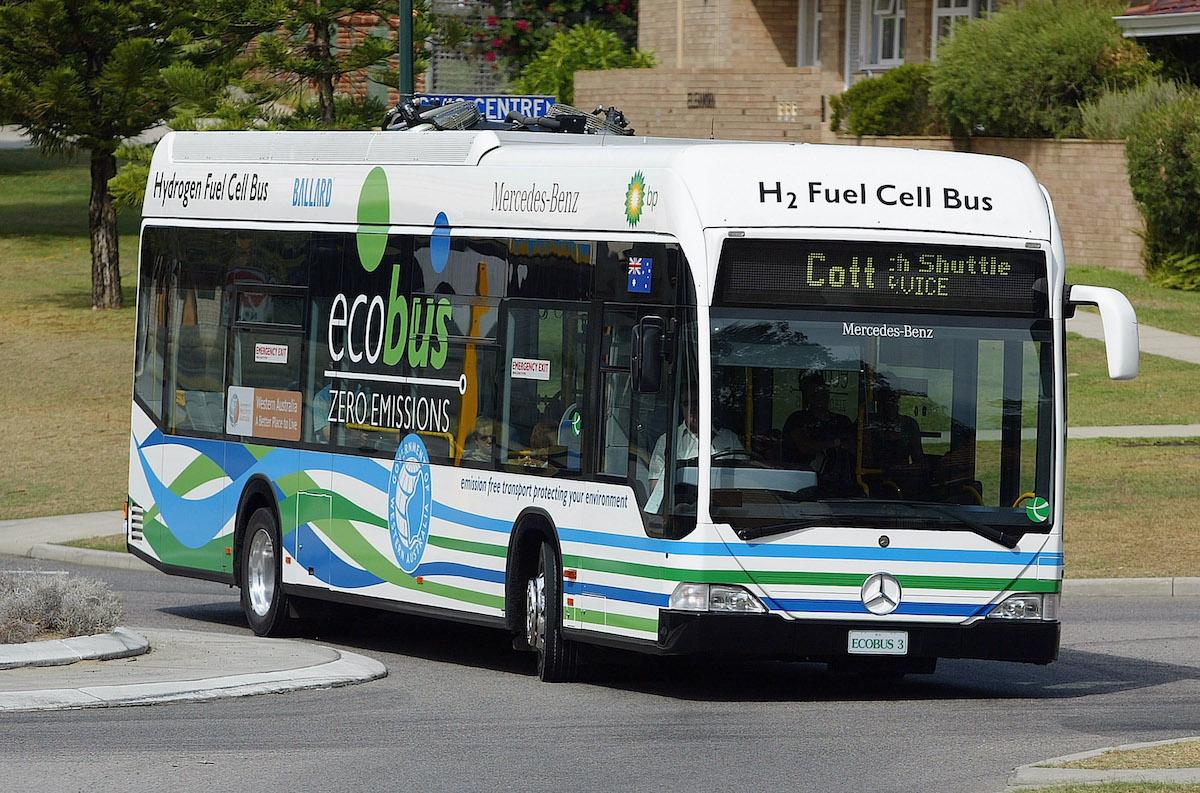 ecobus mobilità elettrica idrogeno