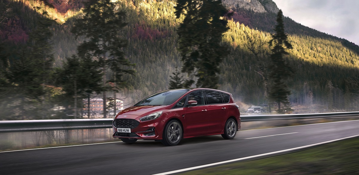 Ford S-Max Hybrid