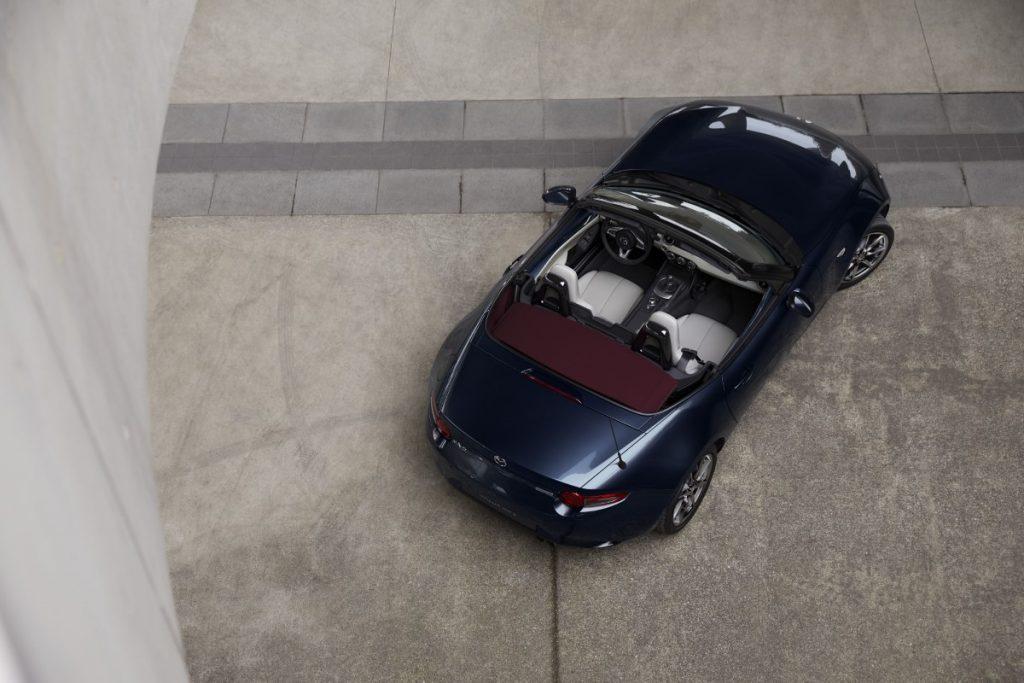 Mazda MX-5 2021 vista dall'alto