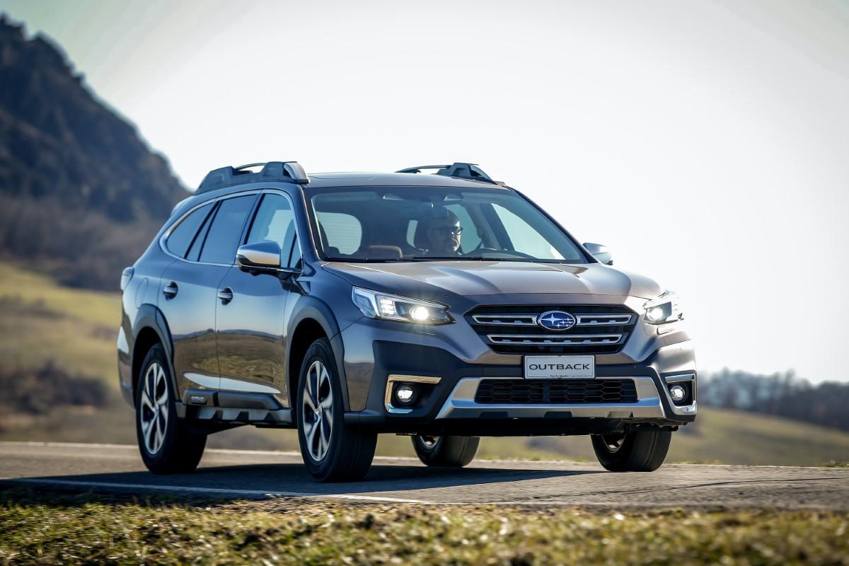 Nuova Subaru Outback, stile rinnovato con un tocco da SUV