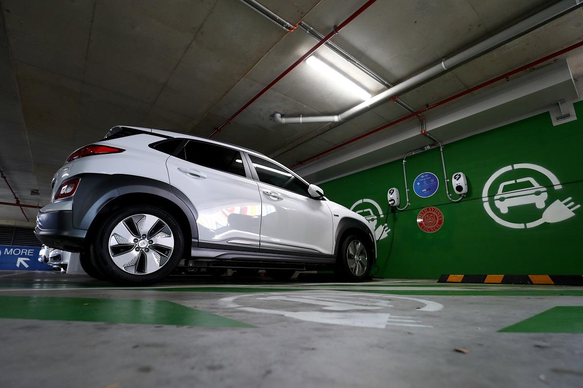 Hyundai Kona si rifà il look: il restyling arriva in Italia