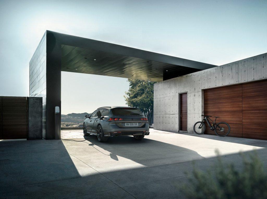 Peugeot 508 Sport Engineered in ricarica
