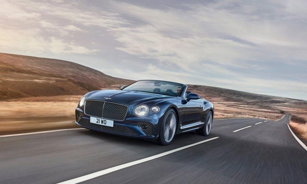 Bentley-Continental_GT_Speed_Convertible-in-strada