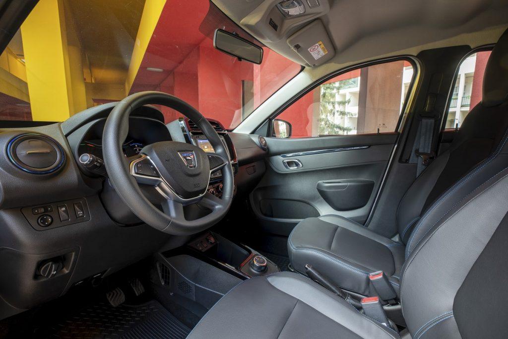 Dacia Spring interni