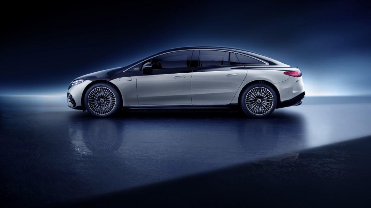 Mercedes EQS profilo