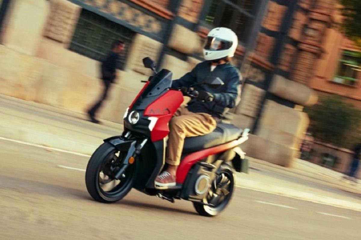Seat MÓ: arriva in Italia lo scooter 125 100% elettrico