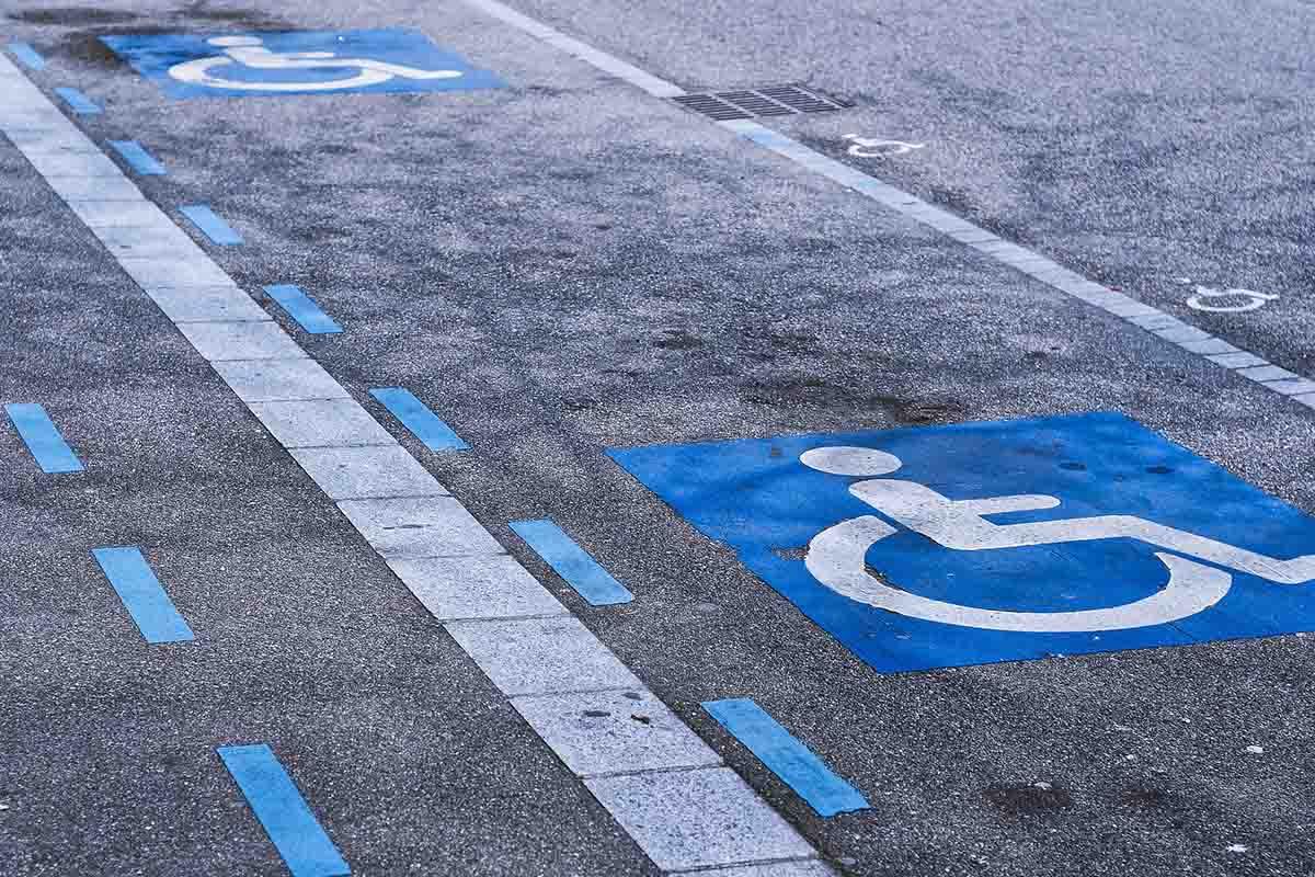 posto auto riservato ai disabili