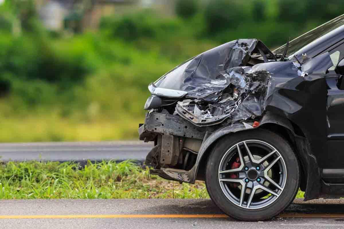 incidenti d'auto