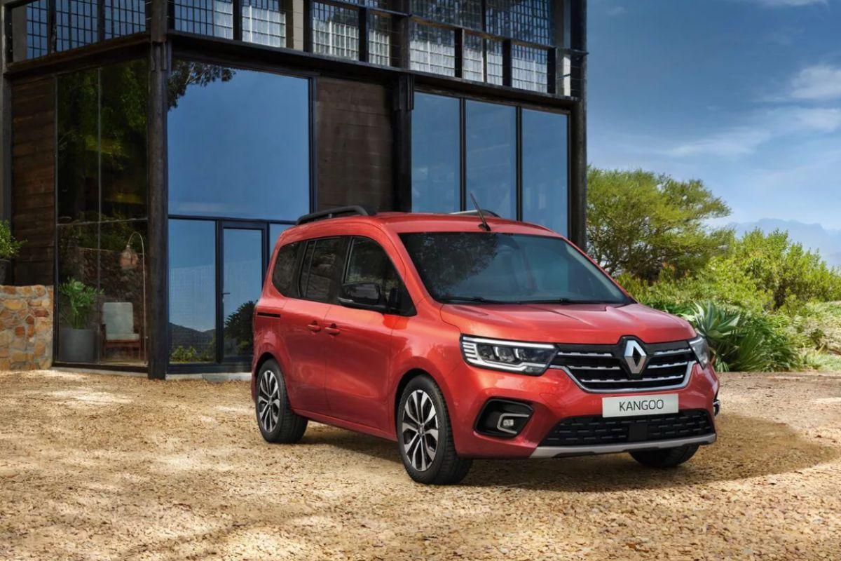 Nuovo Renault Kangoo TPMR, per il Trasporto delle Persone a Mobilità Ridotta