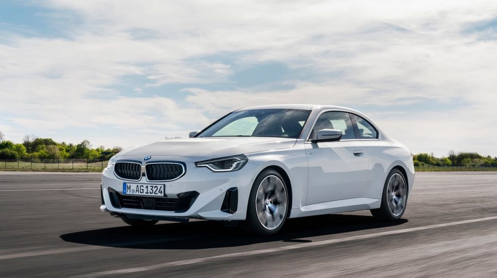 BMW-2-Series_Coupe-in strada