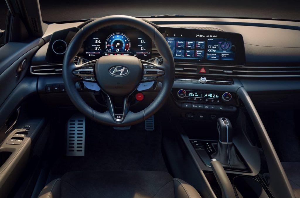 Hyundai-Elantra_N-2022-interni