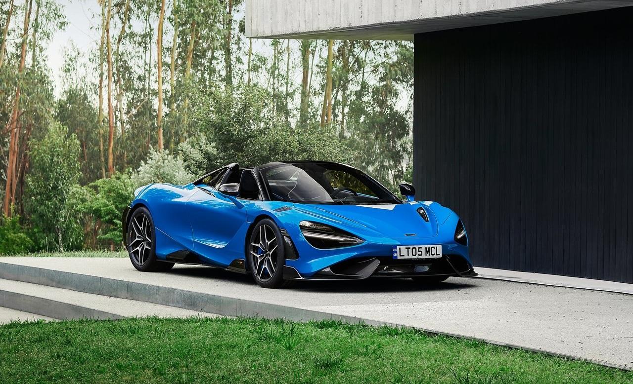 McLaren 765LT Spider, a cielo aperto con lusso e prestazioni esagerate