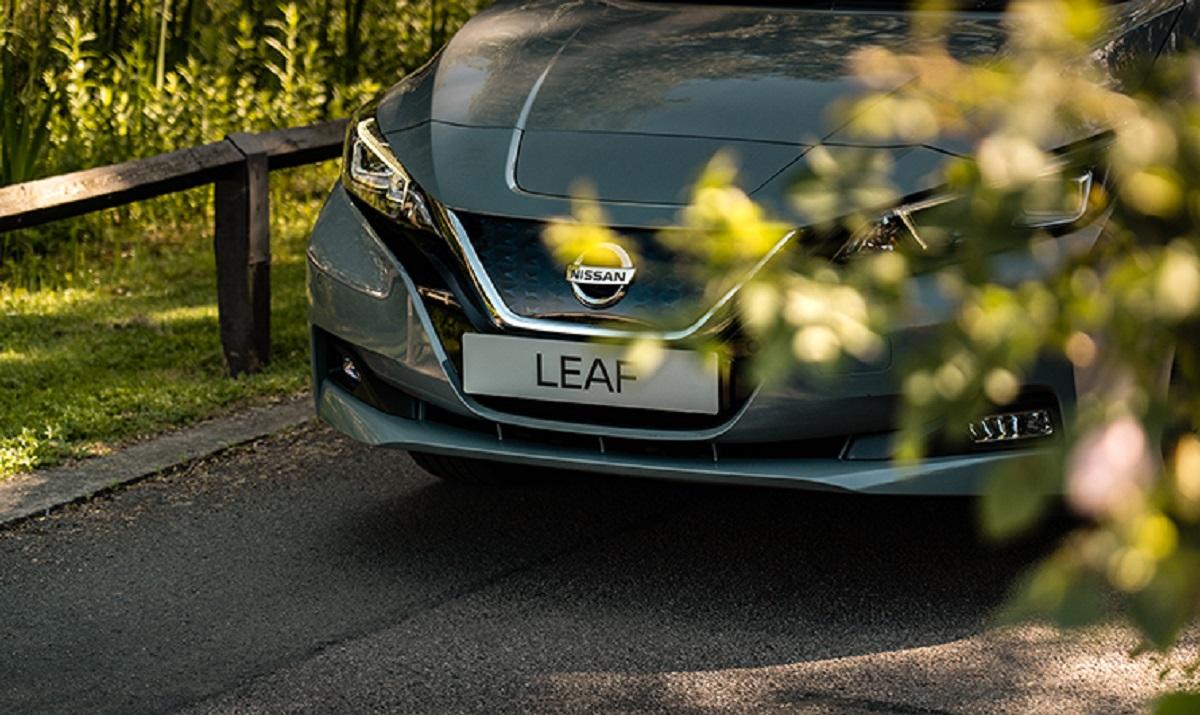 nissan leaf my21 motore elettrico canto