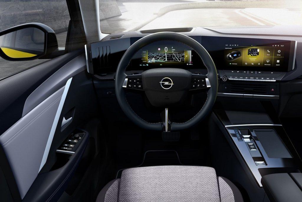 nuova Opel Astra interni