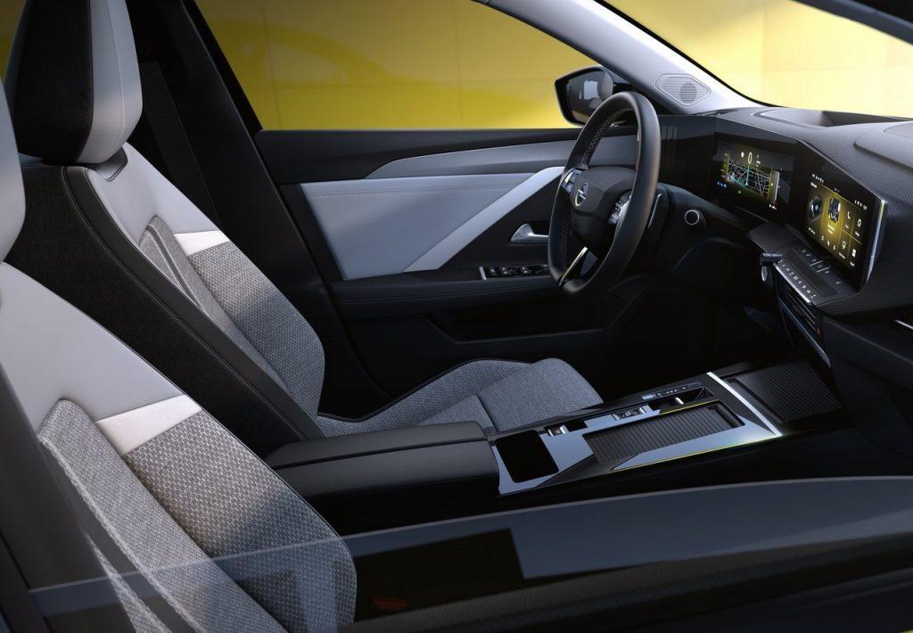 nuova Opel Astra sedili