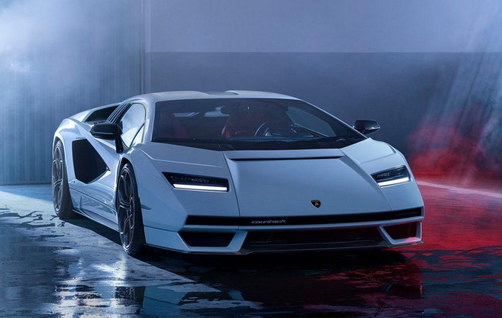 Lamborghini-Countach_LPI_800-4-frontale
