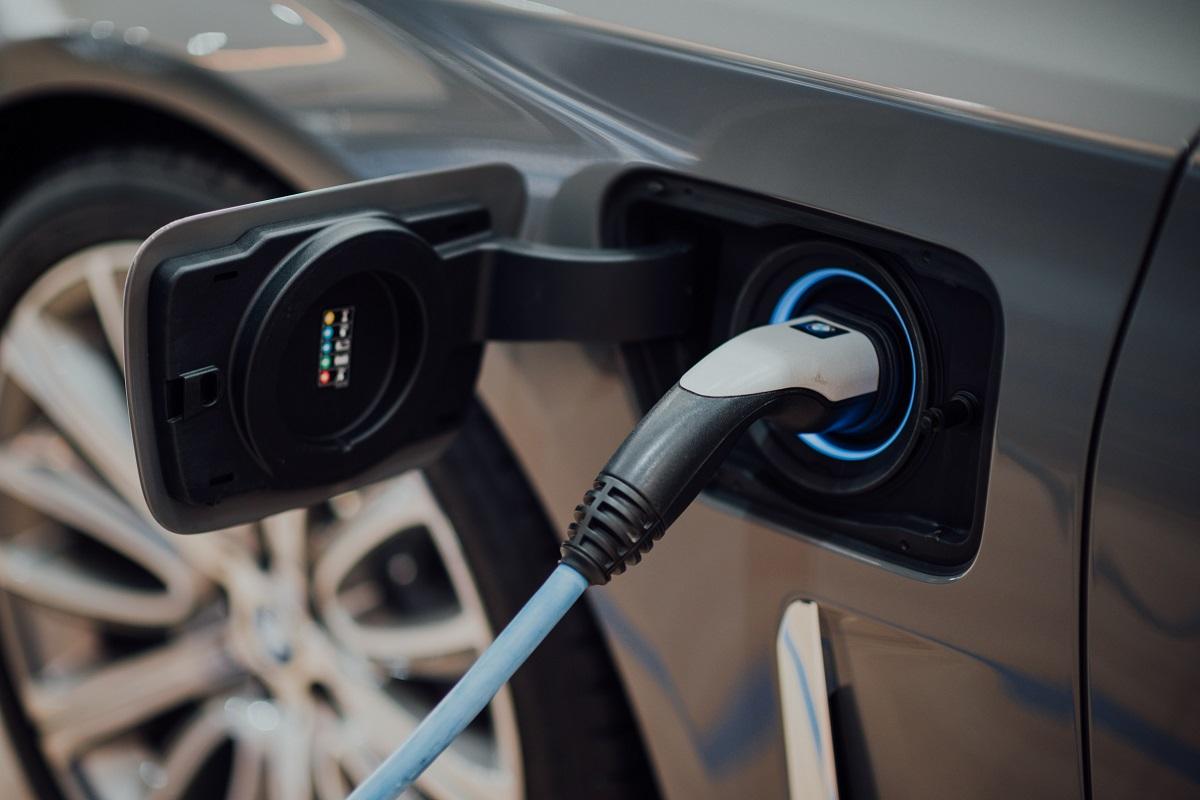 Incentivi ed ecobonus per l'elettrico: perché sono già esauriti?