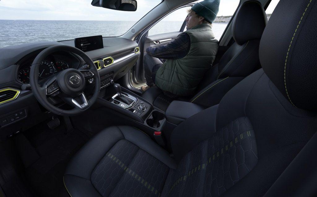 Mazda CX-5 2022 interni