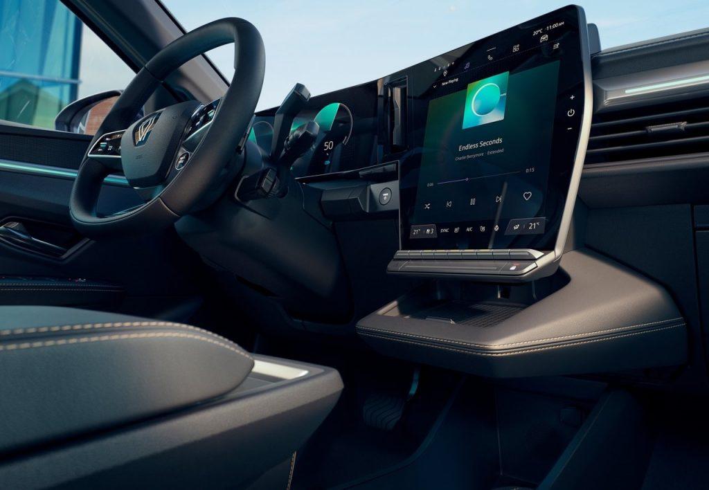 Renault-Megane-E-Tech-2022-infotainment