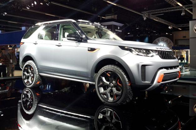 Land Rover Discovery SVX 2017: prezzo della potente offroad mostrata a Francoforte [FOTO]