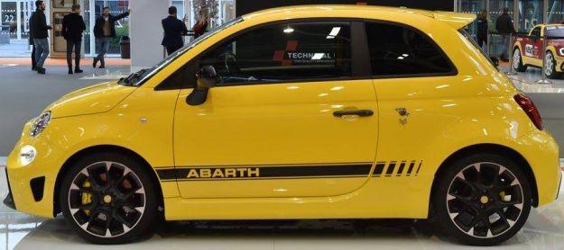 Abarth 595 Competizione 2017: prezzo, caratteristiche e prova su strada [FOTO]