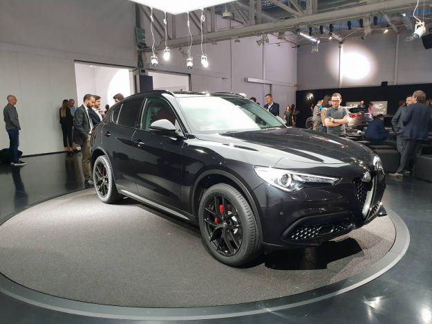 Alfa Romeo B Tech Stelvio esposto