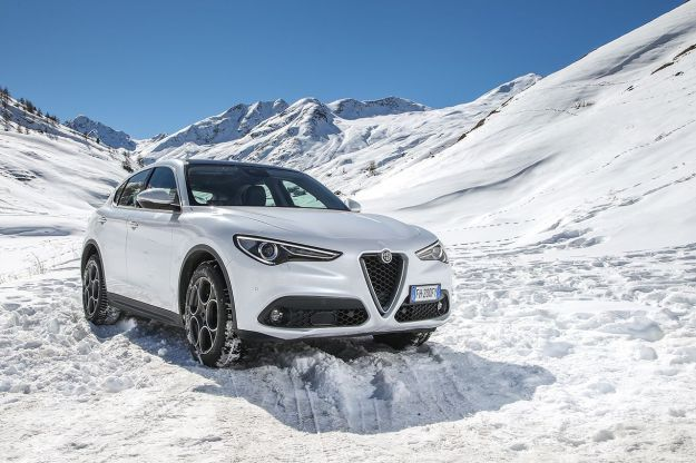 Alfa Romeo Stelvio: 181 e 201 CV per i nuovi motori e prezzo più basso [FOTO]