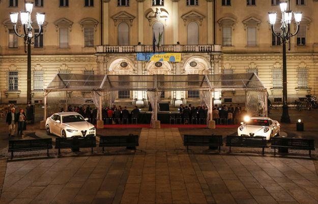 Alfa Romeo, The Red Table: Giulia e 4C nelle piazze più belle d'Italia [FOTO]
