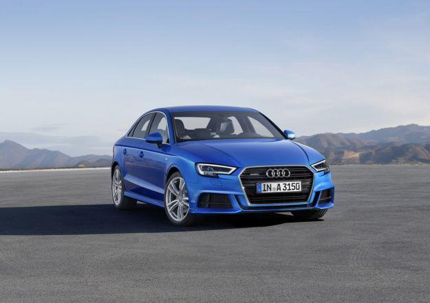 Audi A3 Sedan 2017 facelift: prezzo, dimensioni, interni e bagagliaio. Anche S3 [FOTO]