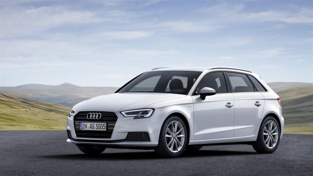 Audi A3 restyling 2017: i prezzi. Novità il motore 1.0 TFSI [FOTO]
