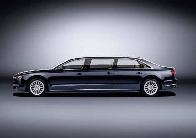 Audi A8 L Extended: l'ammiraglia si allunga, ora con 6 posti [FOTO]