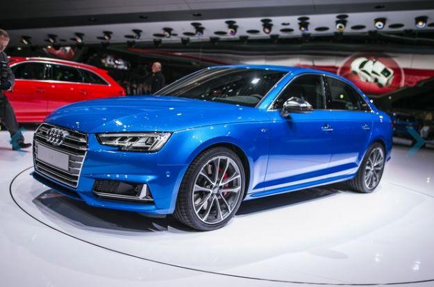 Nuova Audi S4 2016: prezzo e scheda tecnica della berlina sportiva [FOTO]