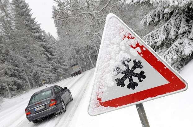 Auto in inverno con il freddo