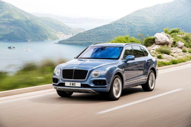 Bentley Bentayga Diesel, consumi: è la prima Bentley a gasolio [FOTO]