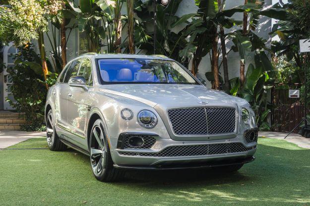 Bentley Bentayga: prezzo, dimensioni e interni. Niente motori diesel [FOTO]