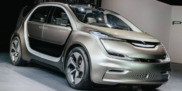 Chrysler Portal Concept: monovolume elettrica al CES 2017 [FOTO]