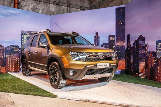 Dacia al Salone di Ginevra 2016, le novità auto esposte: cambio automatico Easy-R e versione speciale della Duster