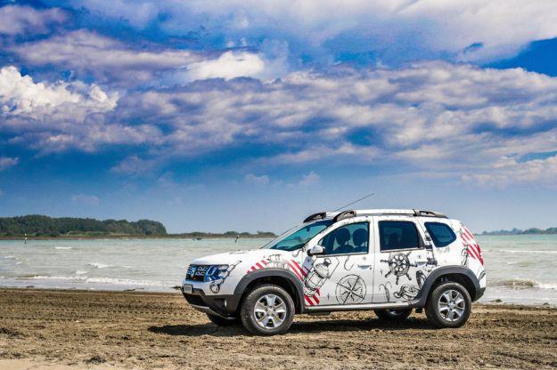 Dacia Duster Strongman: edizione speciale del crossover, caratteristiche e prezzo [FOTO]