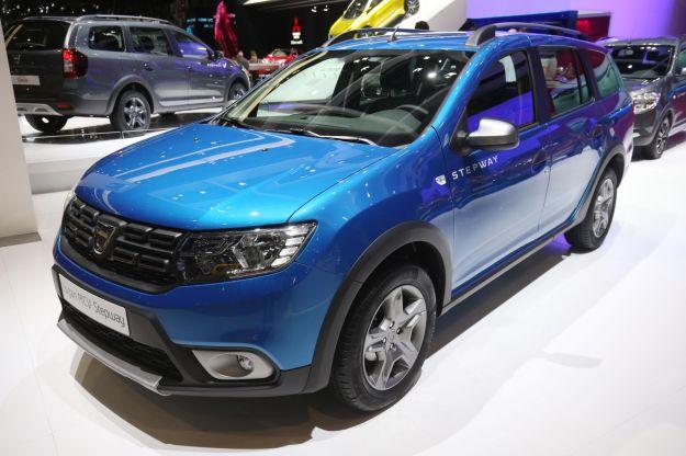 Nuova Dacia Logan MCV Stepway 2017: prezzo, scheda tecnica e caratteristiche [FOTO]