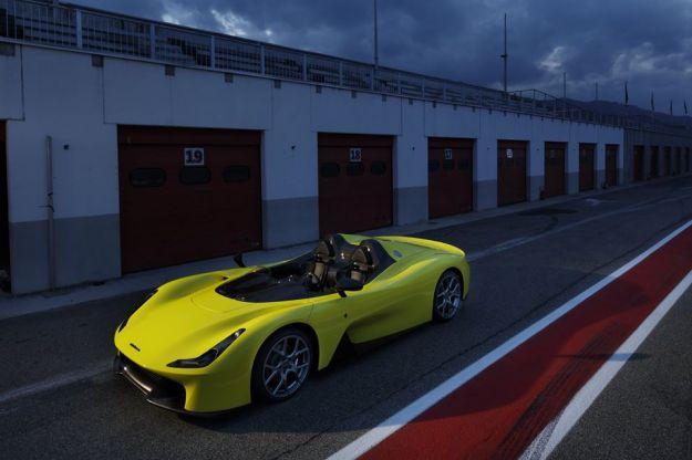 Dallara Stradale: prezzo e motore della prima Dallara omologata per strada [FOTO]