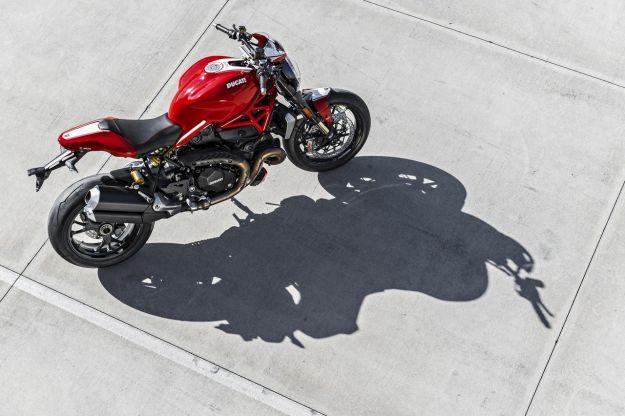 Ducati Monster 1200 R 2016: a EICMA 2015 la più potente Monster [FOTO]