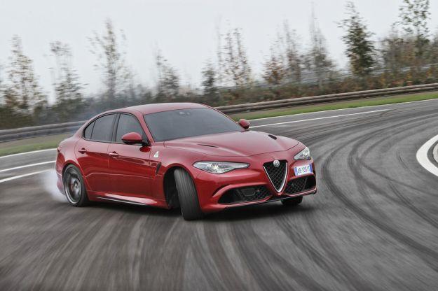 Alfa Romeo Giulia Quadrifoglio: prova in pista, scheda tecnica e prestazioni [FOTO]