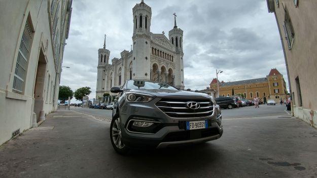 Con la nuova Hyundai Santa Fe per tifare l'Italia a Euro 2016