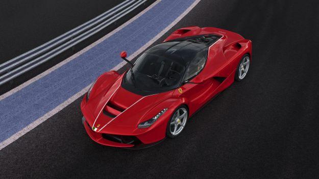 Ferrari LaFerrari terremoto asta