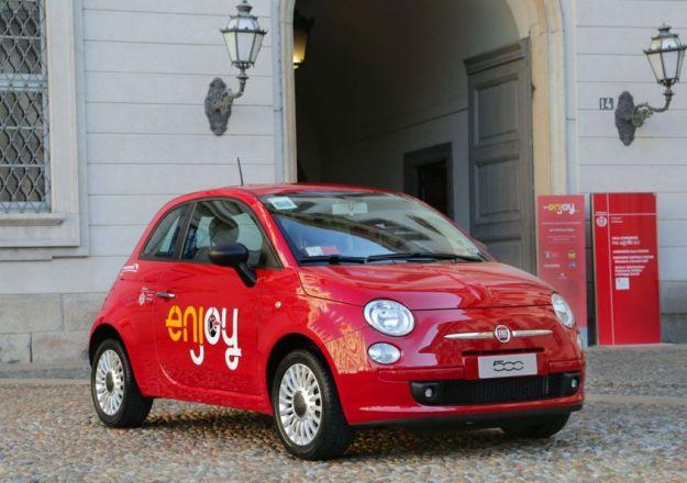 Car Sharing Enjoy di Eni a Roma, Milano, Firenze, Torino e Catania: come funziona e quanto costa [VIDEO]
